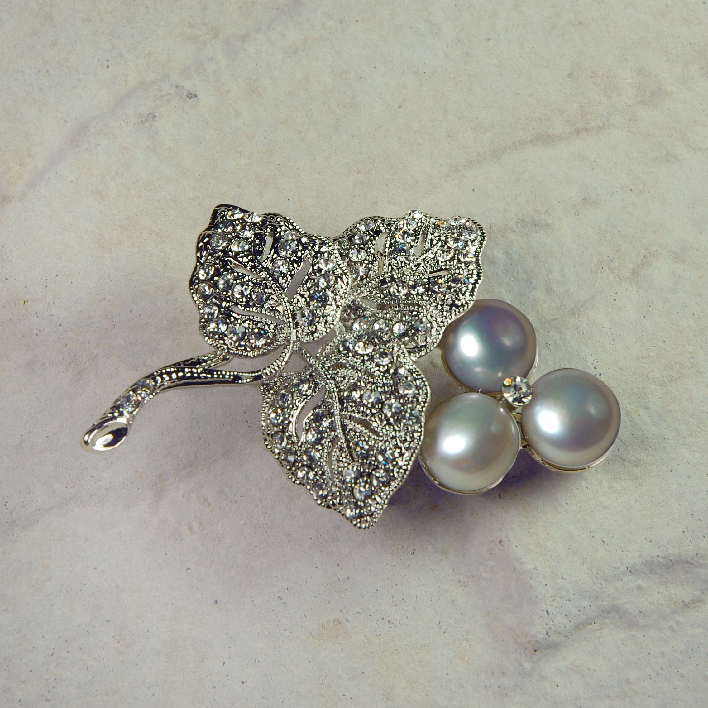 Pearl Bouquet Hairclip & Brooch