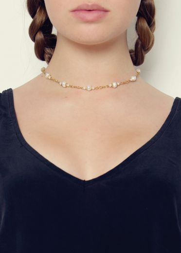 Ivory Pearl and Gold Chain Necklace