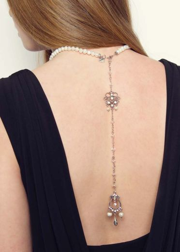 Exquisite Pearl Back Chain Crystal Necklace