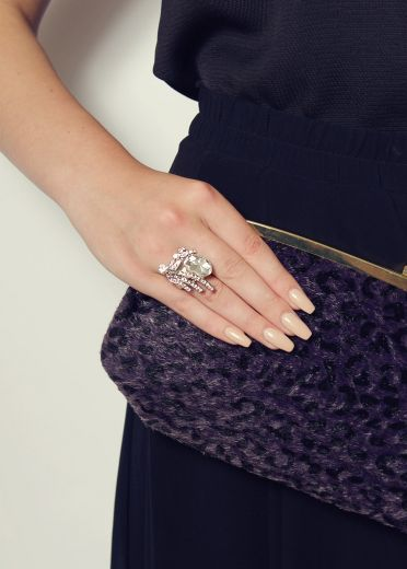 Diamond burst stretch ring