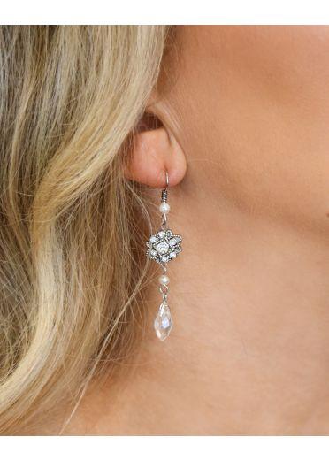 Elizabeth Pearl Earrings